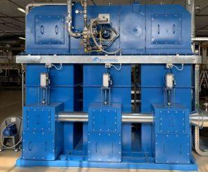 Regeneracyjny utleniacz termiczny do uzdatniania LZO wytwarzanych podczas operacji powlekania