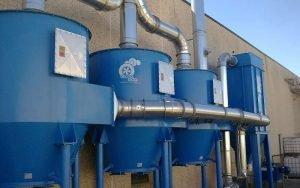 Zastosowanie 2: Odpylacz z trzema filtrami z węglem aktywnym